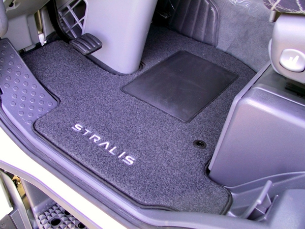 Iveco Stralis textile carpet